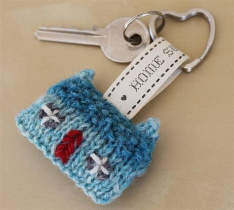 knitting pattern key home sweet home wee house brooch and key ring knitting