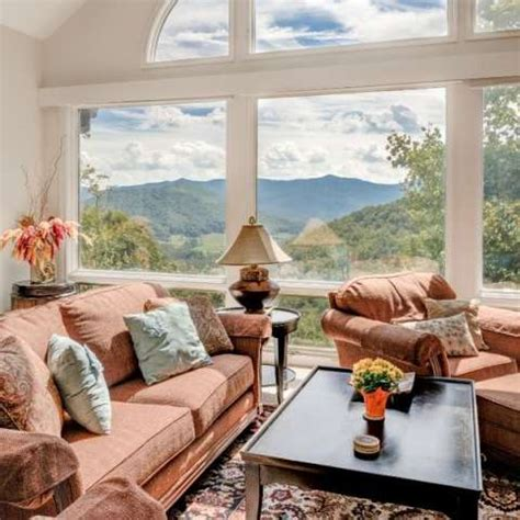 asheville cabins vacation rentals and visitor guide places to stay in asheville asheville nc s official