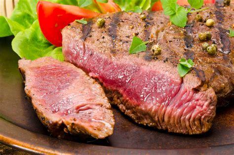 come cucinare una bistecca di manzo sua maesta la fiorentina patrimonio nazionale della