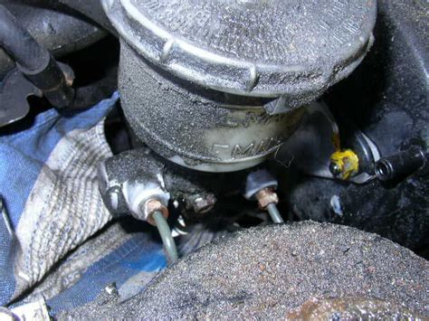 Repair Kit Brake Master Rem Nissan X Trail Or Xtrail how to replace your brake master cylinder