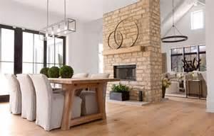 kamin zweiseitig sided fireplace cottage dining room enjoy company