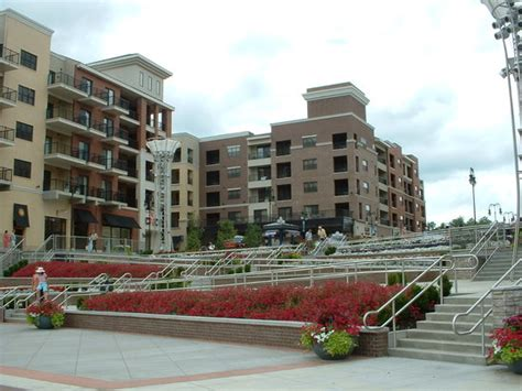branson landing mo hours address shopping mall