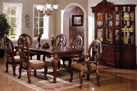 the traditional tuscany dining table set is the