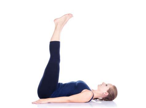 gambar tutorial gerakan yoga senam gerakan dasar yoga untuk pemula lengkap gambar