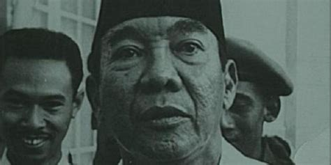 ir soekarno biography the first president of republic all about the first president of the republic of indonesia