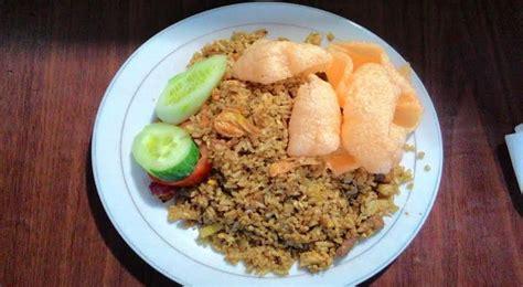 Membuat Nasi Goreng Warung | ciptakan warung nasi goreng dengan omzet yang quot lezat quot
