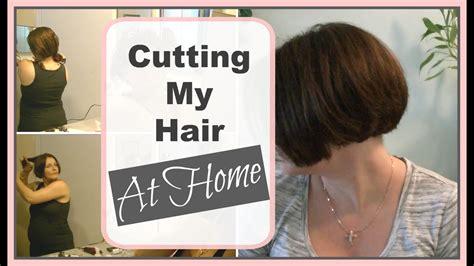 cut yourself bob hairstyels how i cut my a line bob at home diy bob haircut youtube
