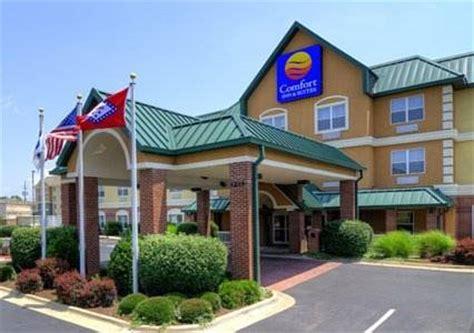 Mattress Stores Fayetteville Ar by Comfort Inn Suites Fayetteville Ar Aaa