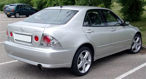 lexus is 300 lexus is 300 reviews lexus is 300 car reviews