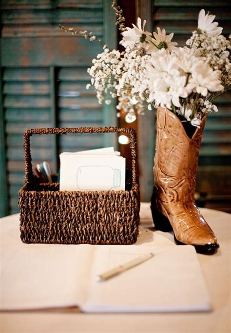 A Country Wedding Theme   Arabia Weddings