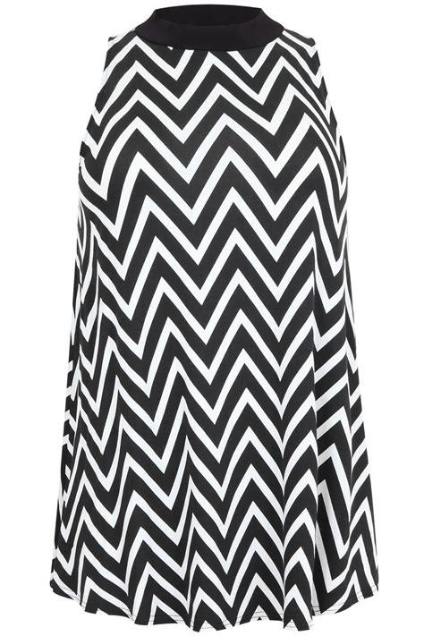 best black and white chevron black and white chevron print high neck sleeveless top plus size 14 16 18 20 22 24 26