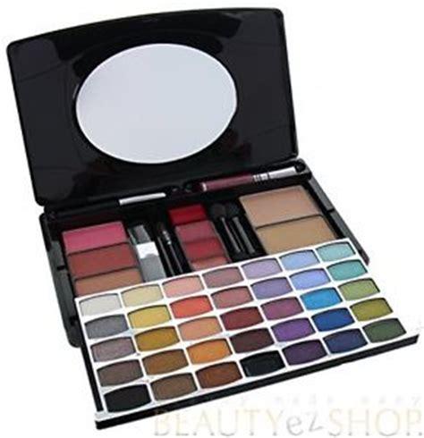 1 Set Makeup Makeover br revolution complete make makeup artist kit