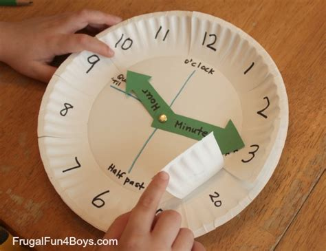 How To Make Clock From Paper Plate - paper plate clock activity for learning to tell time
