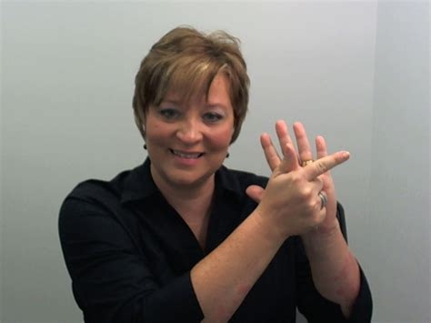 Deaf Search 4 Ways Deaf And Hearing Culture Are Different
