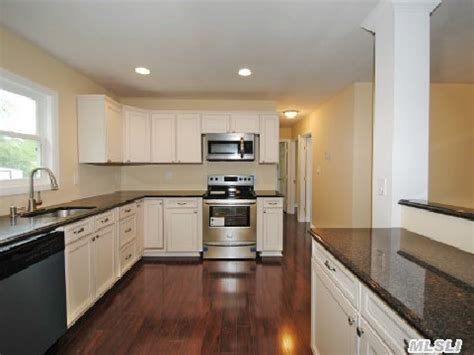 Kitchen Shirley Ny by Shirley Ny Home For Sale Just Reduced 20 000 00