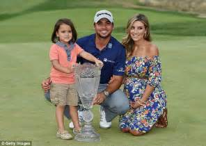 jason day house jason day s wife ellie recalls moment lebron james smashed into her daily mail online