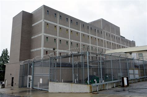 Schenectady County Arrest Records Sheriff Schenectady County On Lockdown After Inmate Steals The Daily Gazette