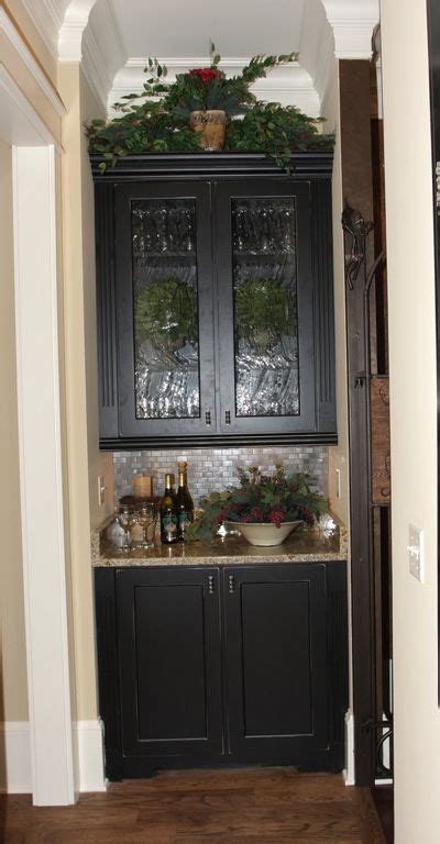 what is a butler s pantry butler s pantry house hunting pinterest