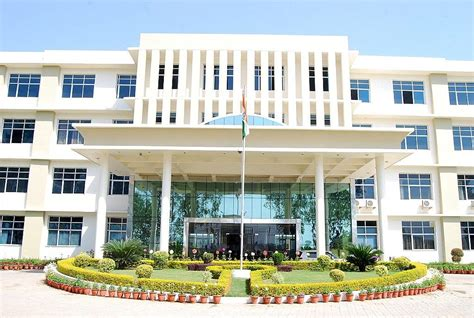 Mba Colleges In Kurukshetra by Geeta Institute Of Management And Technology Gimt