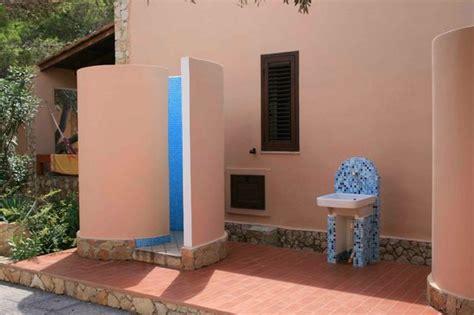 docce esterne docce esterne foto di residence villalba ledusa