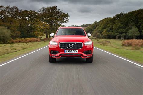 Cars New Road by Volvo Launches Xc90 R Design 4x4 Magazine