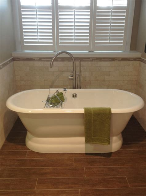 Bath Tubs While 12 Best Images About Clawfoot Tub Ideas On Log