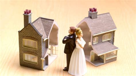 buying a house while selling your own how to divide your house after divorce realtor com 174