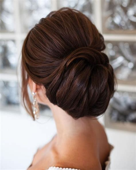 Wedding Hairstyles Low Updo by Top 8 Wedding Hairstyles For Bridal Veils