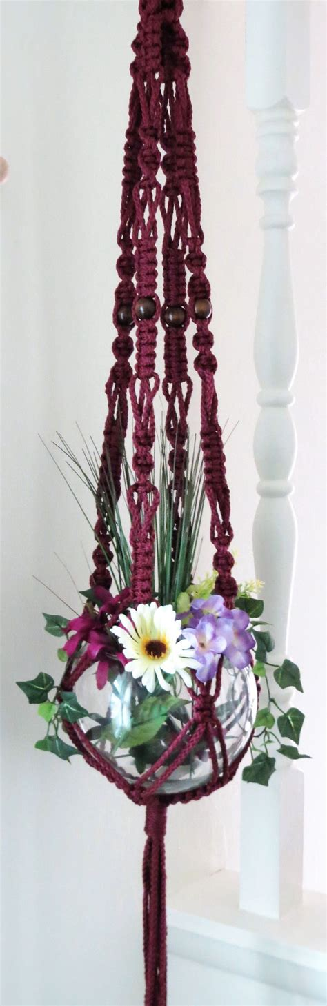 Macrame Hanging Plants - 1000 ideas about macrame plant hangers on