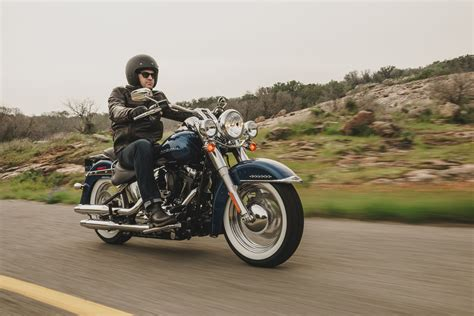 Touring Motorrad 48 Ps by Gebrauchte Harley Davidson Softail Deluxe Flstn Motorr 228 Der