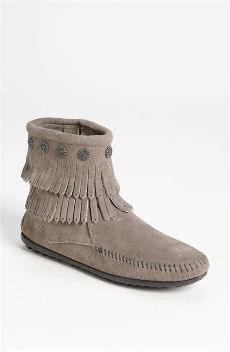 minnetonka boots for minnetonka fringe boot in gray grey lyst