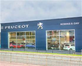 Peugeot Dealers In Glasgow Car Dealers Peugeot Garages Ds And Citroen Garages
