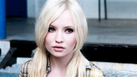 Emily Browning HD Wallpapers for desktop download