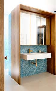 put together wonderfully stylish mid century modern bedrooms trendy bathrooms get inspired digsdigs