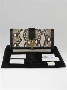 Snakeskin Initial Clutchpouch 3 Huruf yves laurent black white snakeskin leather chyc clutch bag yoogi s closet