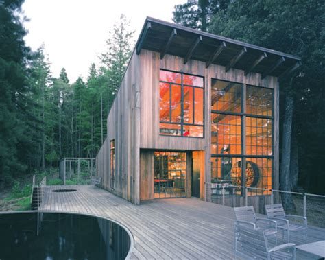 luxury cabin in sonoma california made of reclaimed wood
