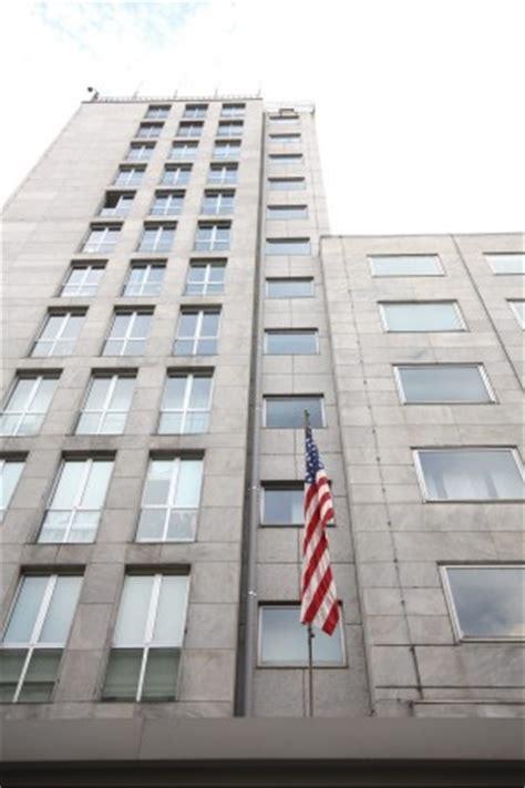 consolato americano genova falso allarme per una bomba vicino al consolato americano