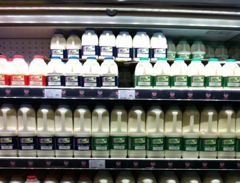 operative food cuts price   pint  milk  p