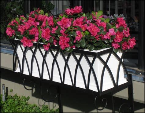 vasi in ferro fioriere in ferro battuto fioriere e vasi
