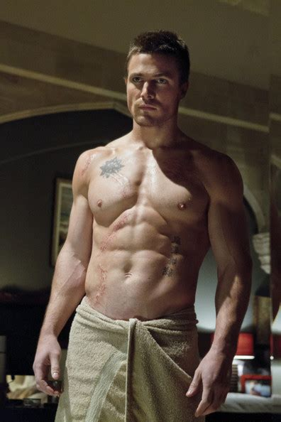 happy birthday stephen amell check out 32 shirtless happy birthday stephen amell check out 32 shirtless