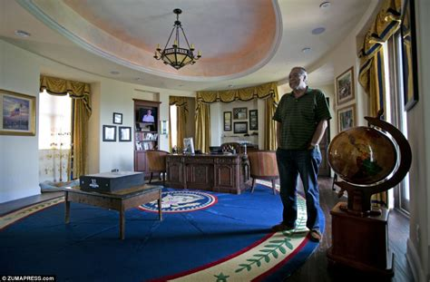a full size oval office replica presidential experience white house in ta pharmaceutical billionaire tom