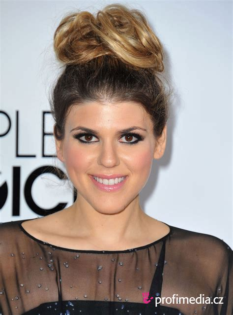 molly tarlov hairstyle easyhairstyler