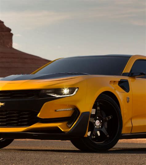 bumblebee camaro year bumblebee gets camaro makeover for transformers the last
