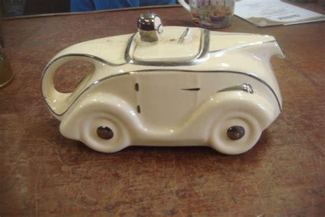 Mobil Balapan Railway Racing Car W16801 sadler racing car tea pot 163 75