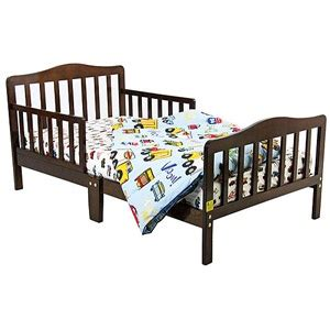 dream on me toddler bed dream on me classic design toddler bed choose your finish toddler bed classic and