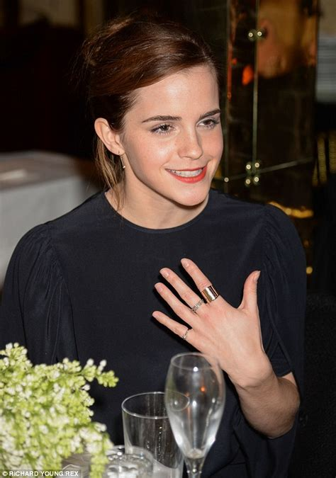 actress amy watson emma watson catches up with amy adams at pre bafta dinner