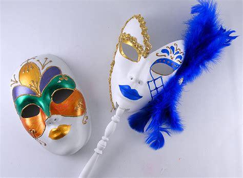 how to make mardi gras diy mardi gras mask do it your self
