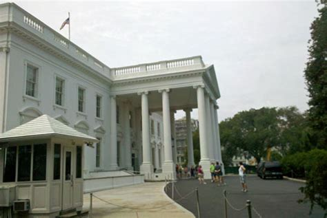 white house north a visitor s guide to the white house go city card