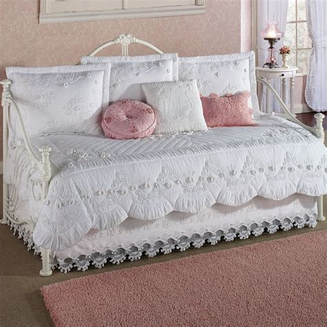 Daybed Quilt Sets White Daybed Bedding Sets Buy Matelasse Daybed Bedding Set In White From Bed Bath Beyond