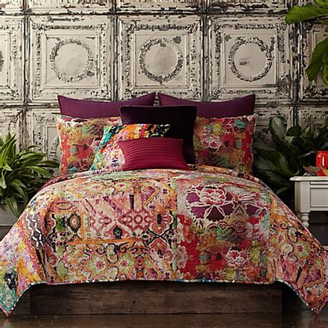 tracy porter bedding tracy porter 174 poetic wanderlust 174 winward quilt in orange bed bath beyond